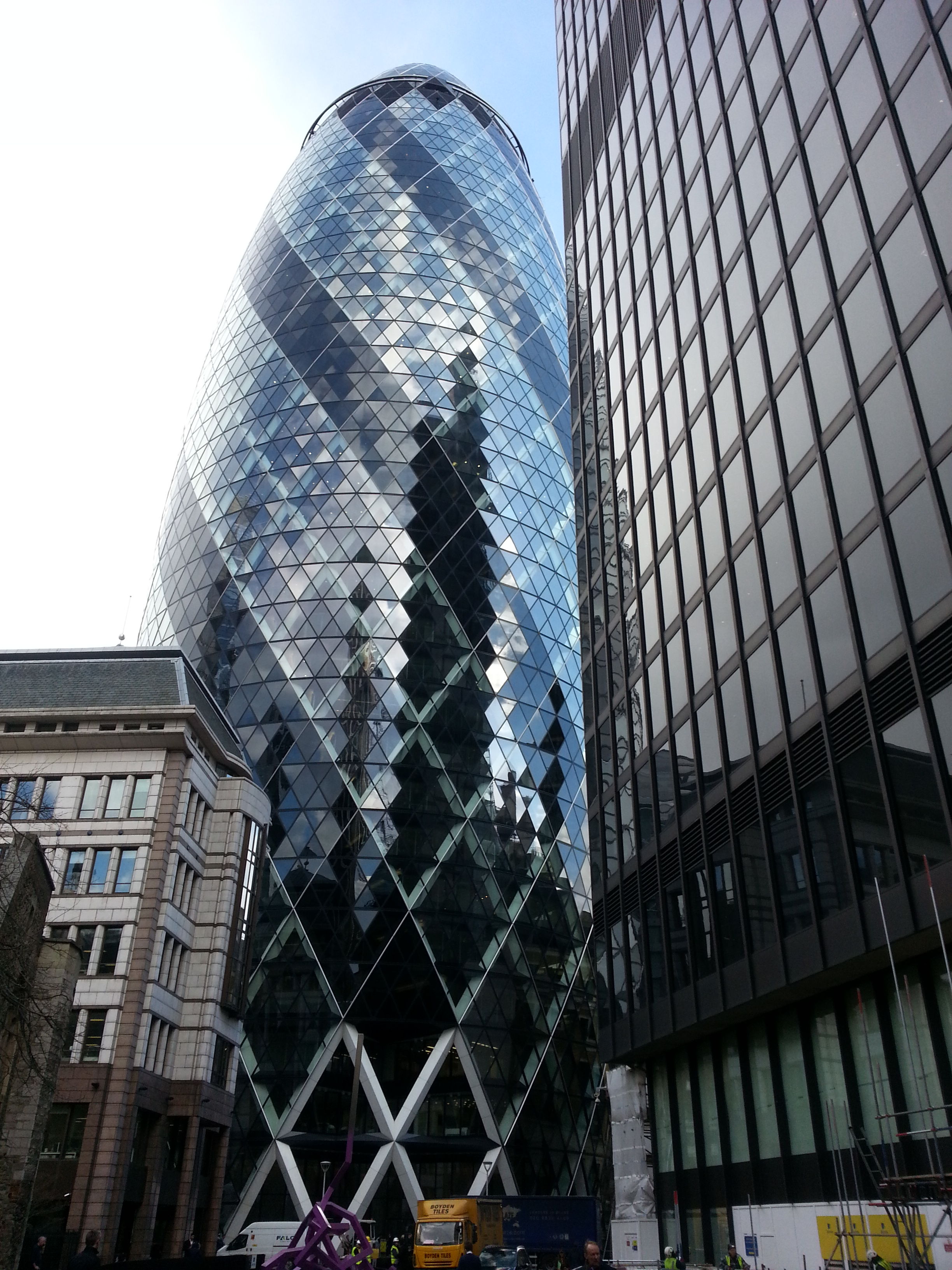 walking to the gherkin