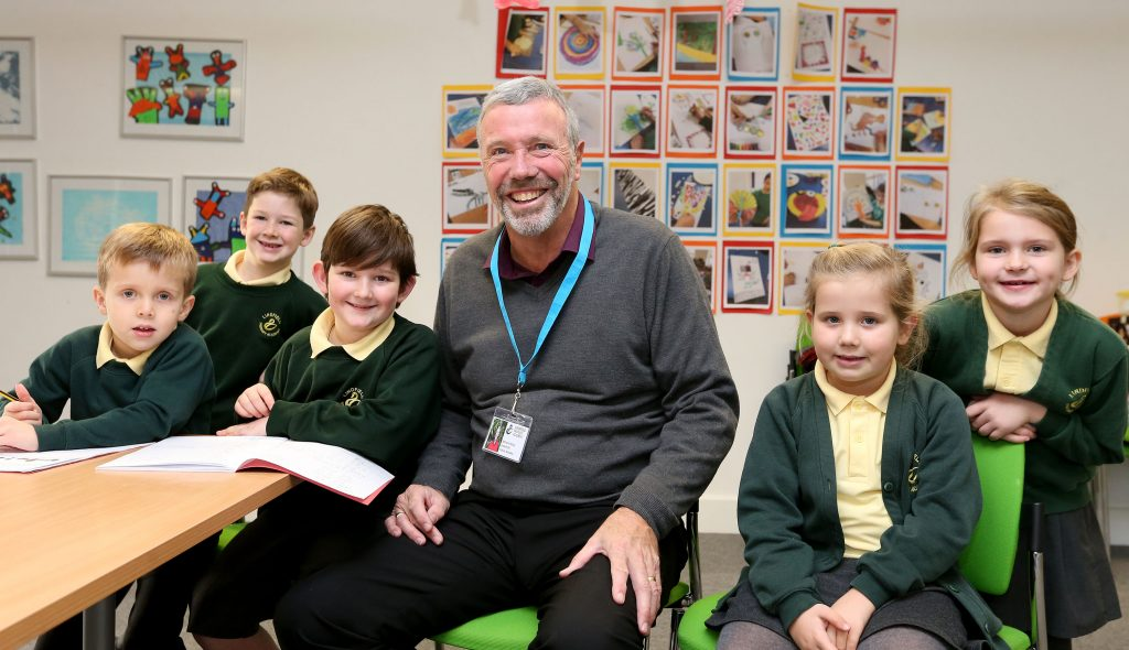 Could you volunteer to support a school in Sussex?