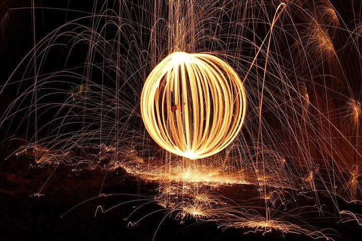 Image of a light sculpture using steel wool