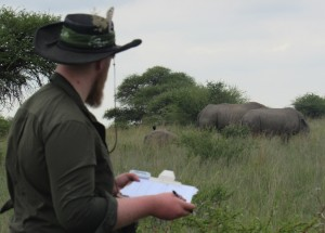 Daniel Bardey recording white rhino behaviour