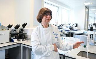 Photo of Dr Sarah Pitt