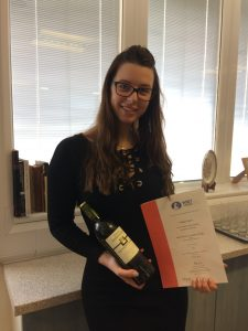 Photo of Stef with her WSET award
