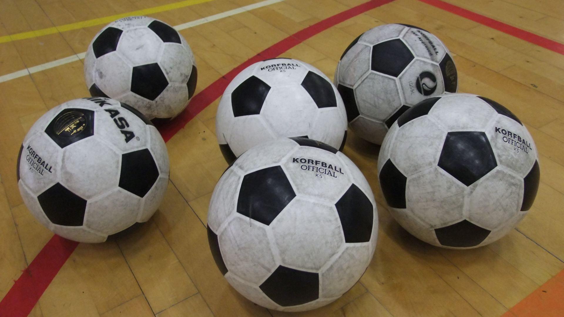 a photo of balls