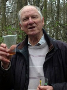 Bill celebrates his birthday after the mornings session by handing round delicious chocolate cake, excellent whiskey, red wine and ginger beer. Some people think this is the best thing about volunteering in the woods!