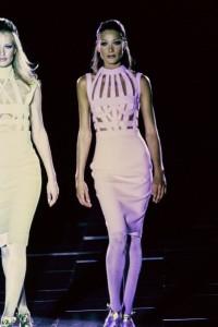 versace-fall-1992-rtw-29-carla-bruni