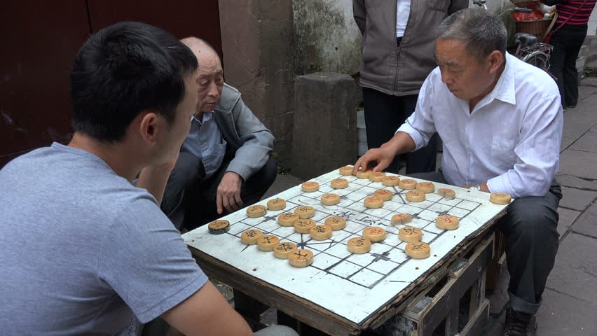 https://www.google.com/search?biw=1920&bih=966&tbm=isch&sa=1&ei=mz7kW6XTK8uGas3yhegK&q=old+people+playing+chinese+chess&oq=old+people+playing+chinese+chess&gs_l=img.3...3523.7060.0.7472.9.9.0.0.0.0.63.417.9.9.0....0...1c.1.64.img..0.0.0....0.StSO4KYasQI#imgrc=Yi51aSOeaBFdyM: