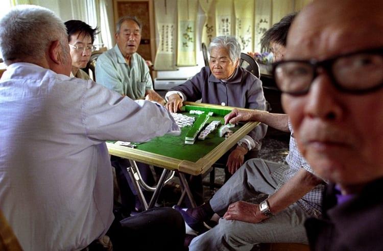 https://www.google.com/search?biw=1920&bih=966&tbm=isch&sa=1&ei=AjPkW86gHsuaa5yAspAO&q=chinese+old+people+play+mahjong&oq=chinese+old+people+play+mahjong&gs_l=img.3...679466.687351.0.687605.25.20.1.4.4.0.103.1301.19j1.20.0....0...1c.1.64.img..0.11.548...0j0i30k1j0i8i30k1j0i24k1.0.MXew_lDGa8Y#imgrc=LNwIMLMkWNnOEM: