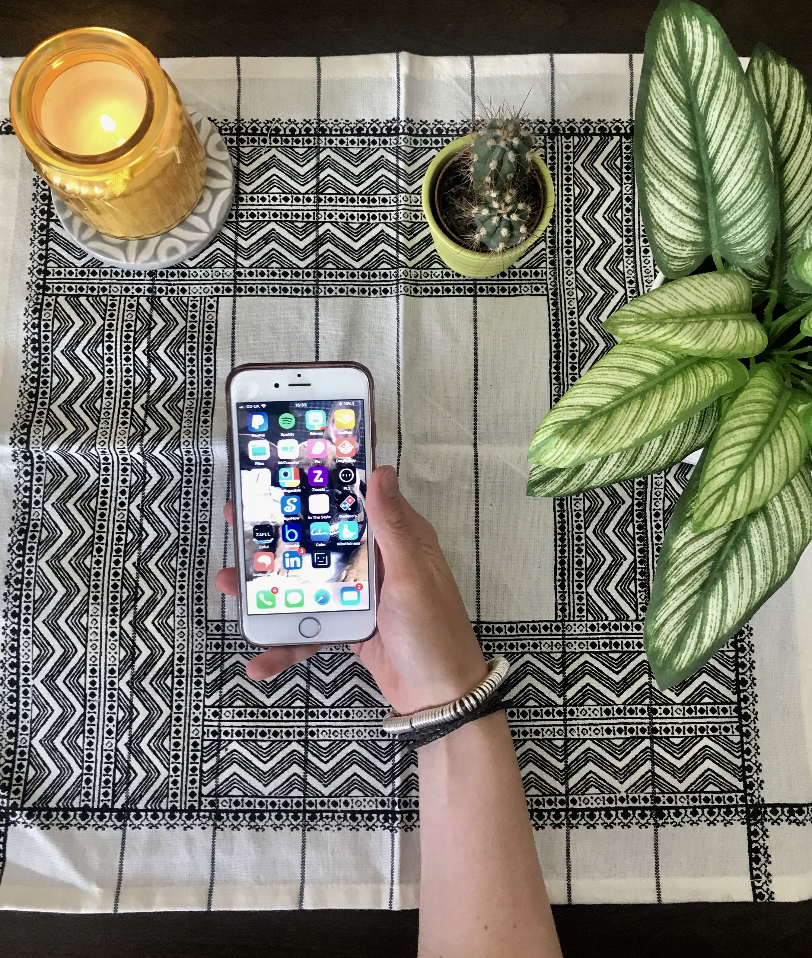 the top five apps to help manage your anxiety | young minds