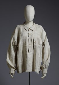 Image 3: smock from Gluck's collection (Royal Pavilion & Museums, Brighton & Hove)