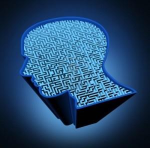 10976404-enfermedad-del-cerebro-humano-y-el-rompecabezas-de-inteligencia-con-un-laberinto-azul-brillante-y-el