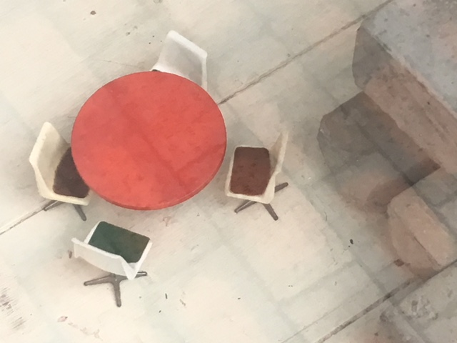 dolls house chairs and table