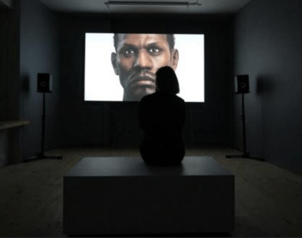 head onscreen in gallery
