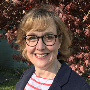 a smiling Dr Nita Muir
