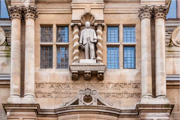 photo of statue of Rhodes at Oxford University