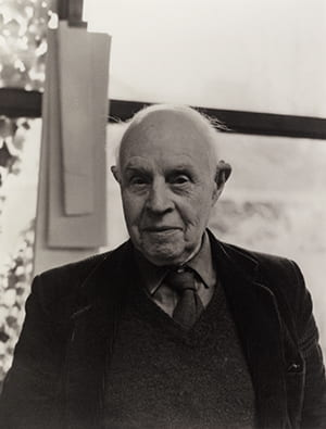 Black and white portrait of Edward Bawden in his later years