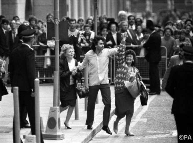 Gerry Conlon outside the Old Bailey the day he was released. PA