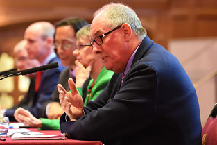 The West Decides: The EU referendum Debate, Great Hall, Wills Memorial Building, University of Bristol. Graham Stringer MP, Daniel Hannan MEP, Dr Phil Syrpis, Dr Molly Scott Cato MEP and Will Hutton (l-r)