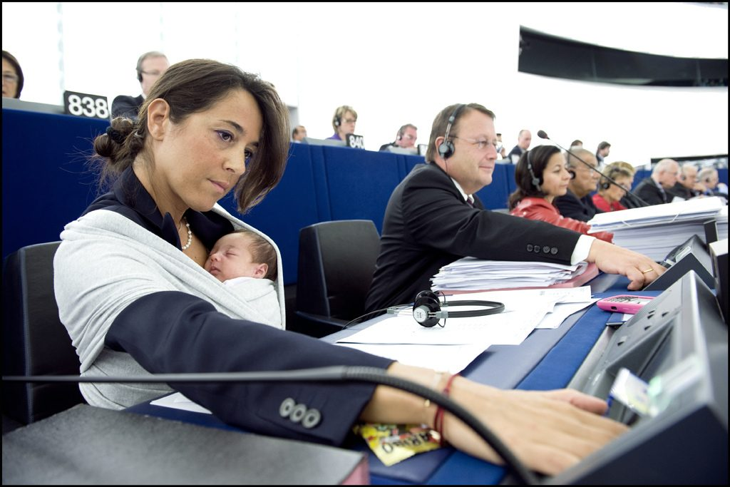 Licia Ronzulli and her baby in the European Parliament. (European Parliament/Flickr, Creative Commons License)