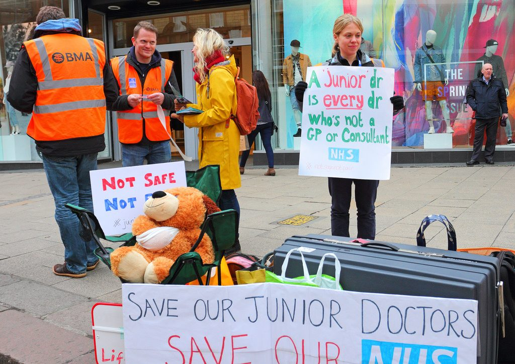Norwich Junior Doctors outside on The Haymarket Norwich A3. Credit - Roger Blackwell/Flickr.com
