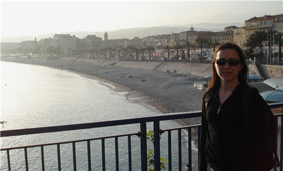 Döndü has travelled the world with her research. Here she is in Nice, France, taking a break from her work to discover the city.