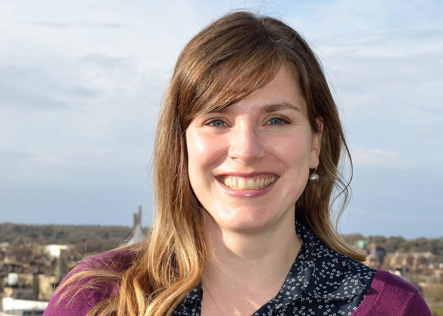 Dr Loriel Anderson