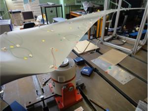 Figure 1: Wind turbine blade experiment