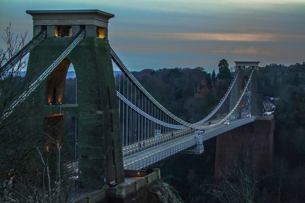 A winter photo of the Clifton Suspension Bridge in Bristol, UK