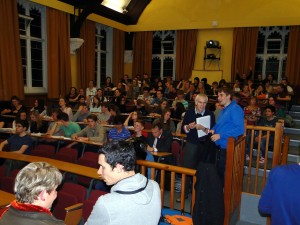 Audience assemble at the School of Geographical Sciences, University of Bristol, for Dr. Goda's stimulating talk.