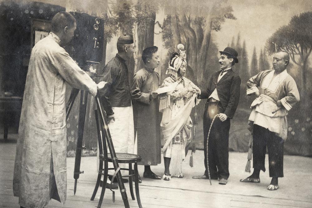 Bioscoping in Shanghai, c.1923