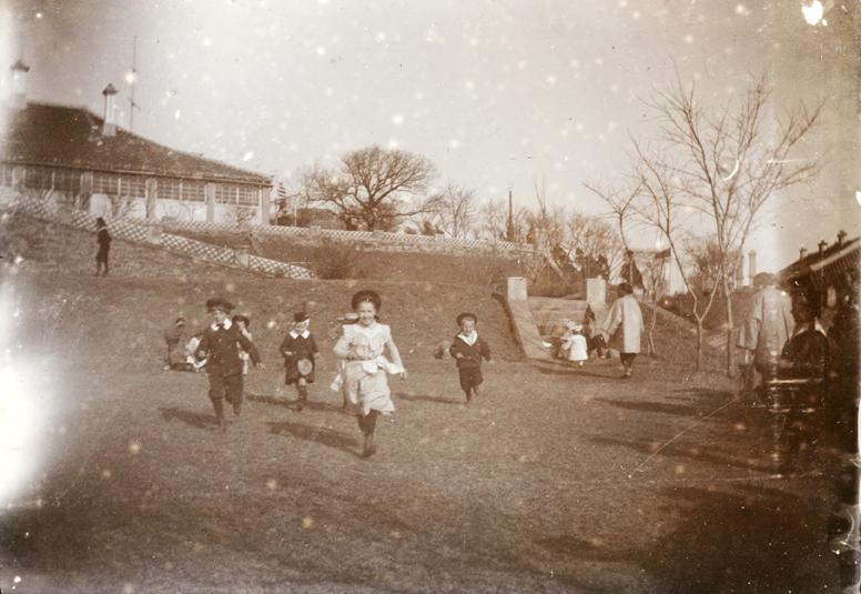 Egg and spoon race, Chefoo, Easter 1902