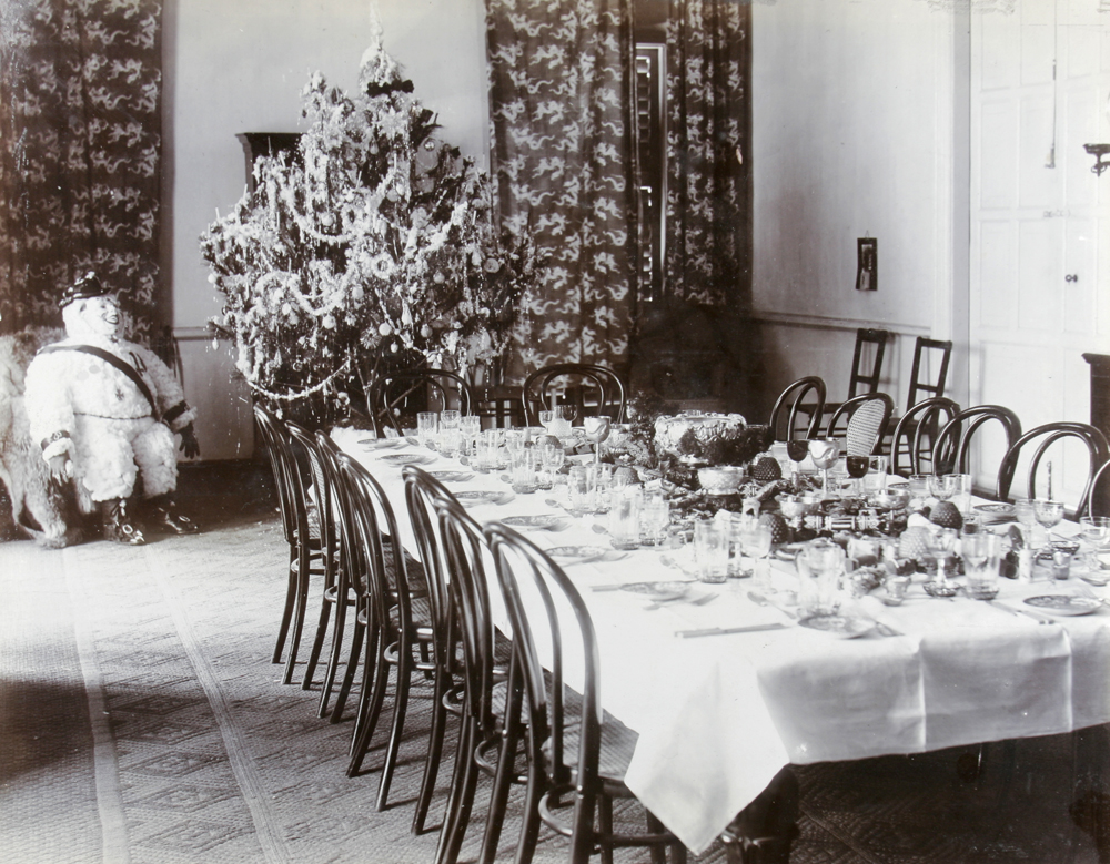 Commissioner's Dining Room, Lappa, Macao, Christmas 1908