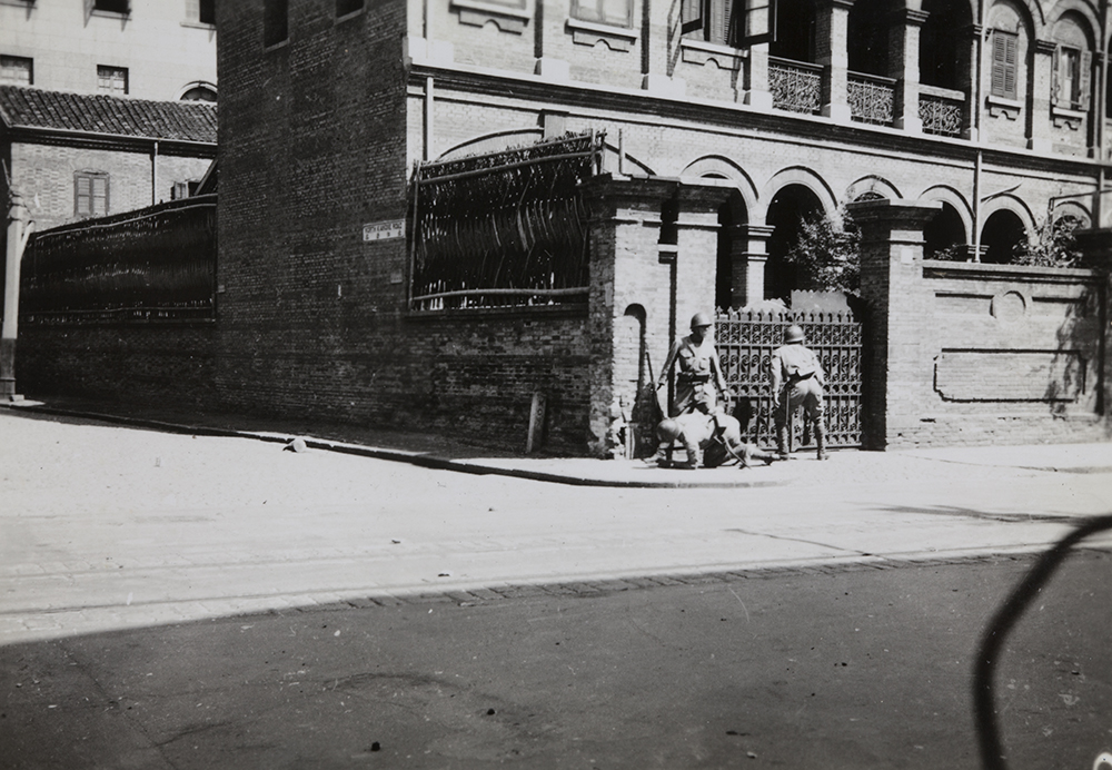 Image digitised by Historical Photographs of China. Montgomery Collection, JM04-015.