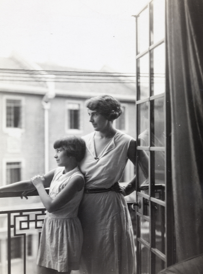 Hilda and Peggy Hookham, Shanghai, July 1931