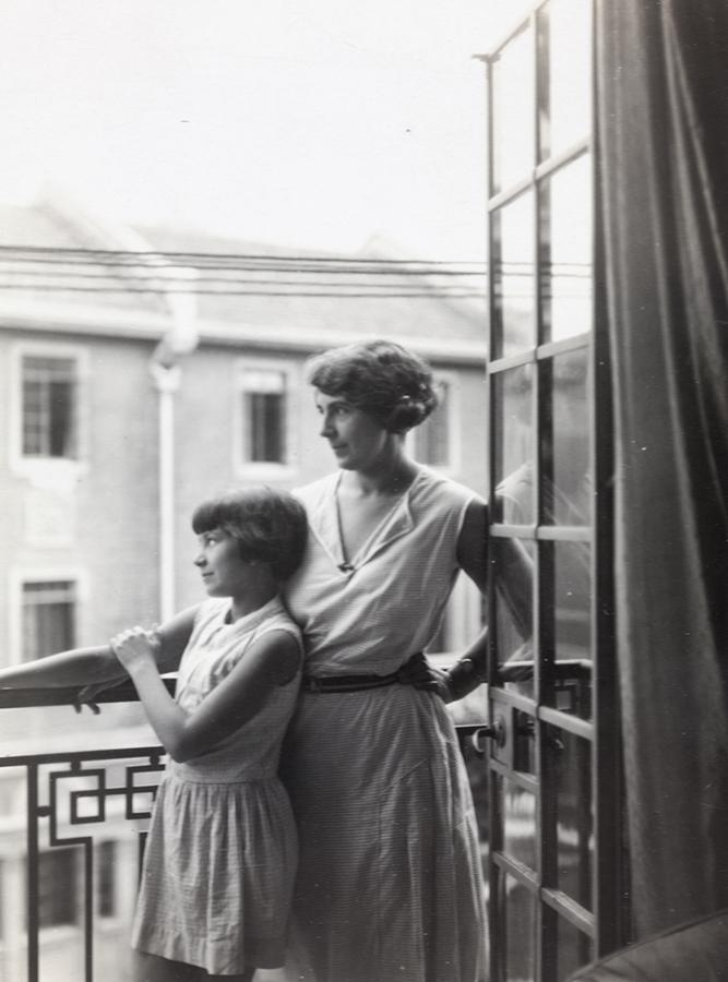 Hilda and Peggy Hookham, Shanghai, July 1931