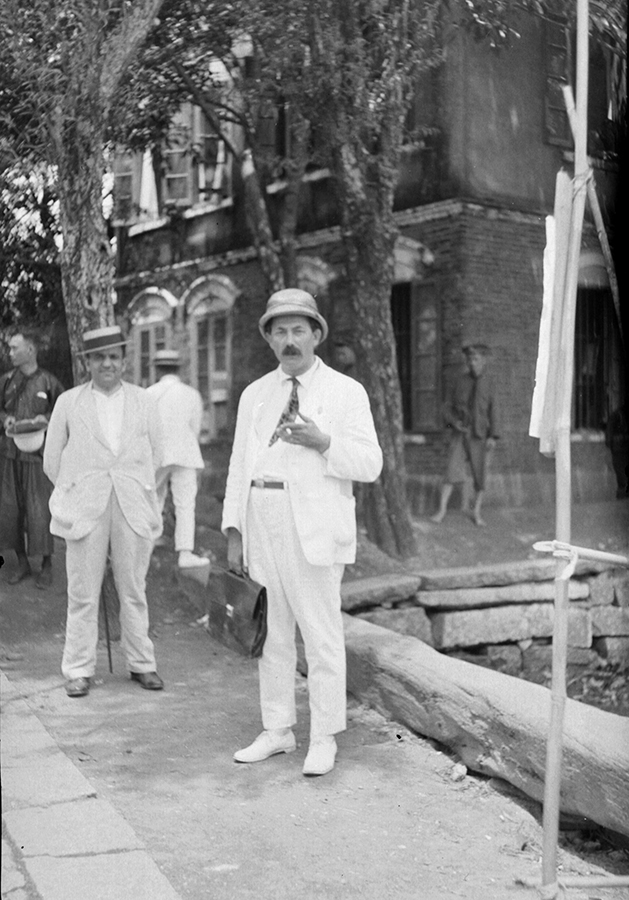 Mikhail Borodin and Morris 'Two-gun' Cohen, Guangzhou, photograph by Fu Bingchang.  Fu-n157 © 2007 C. H. Foo and Y. W. Foo.
