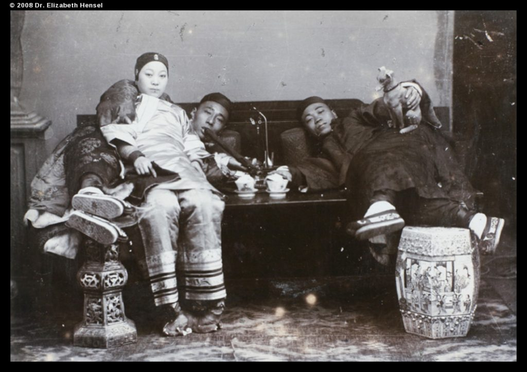 Opium smotking, H.E. Peck collection, pe01-068, © 2008 Dr. Elizabeth Hensel