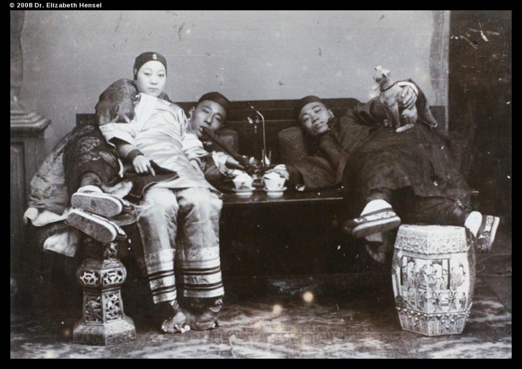 Opium smotking, H.E. Peck collection, pe01-068, © 2008 Dr. Elizabeth Hensel