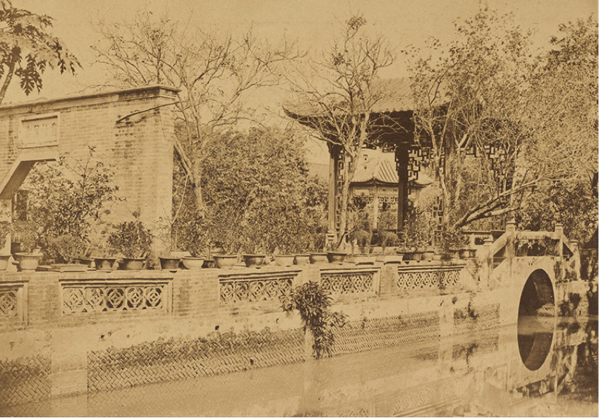 Photo 3 caption : Howqua's gardens, Canton. Albumen print, 1860, by Felice Beato (1832-1909). Digital image courtesy of the Getty's Open Content Program.
