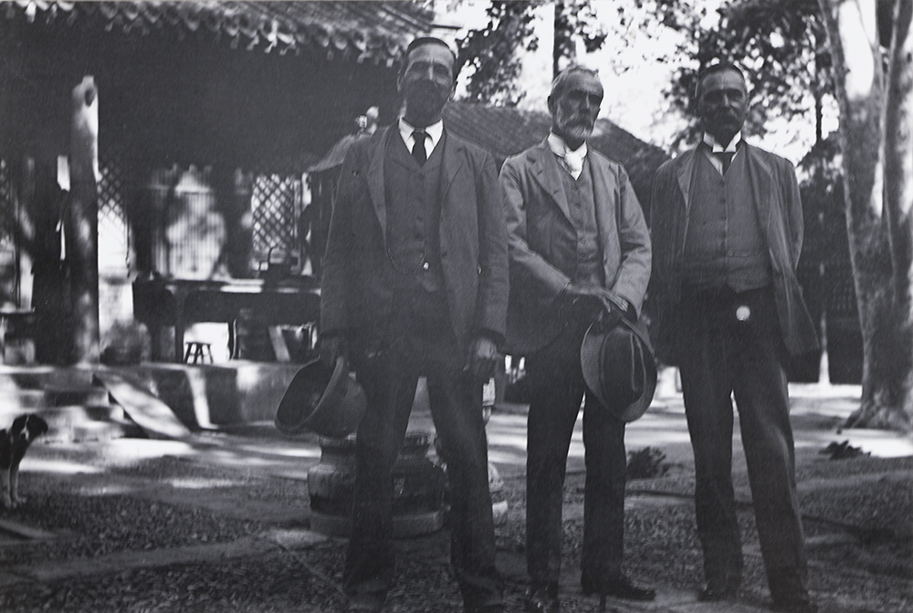 7. Pali-chuang Temple, c. 1908, where Guy had his own 'suite' of rooms provided by the Buddhist monks for his week-end retreat. From left, Harry, Guy, Walter.