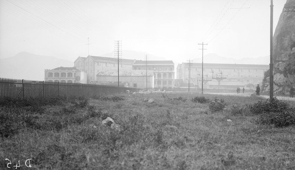 Holts Wharf back, Hong Kong, 1919-1920.  Photograph by G. Warren Swire.  HPC ref: Sw04-067.  © 2007 John Swire & Sons Ltd.