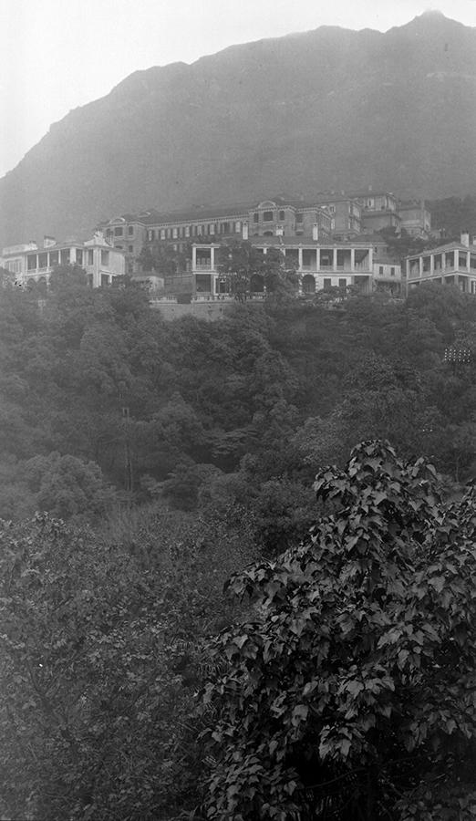 Halls of Residence, University of Hong Kong, 1919-1920.  Photograph by G. Warren Swire.  HPC ref: Sw18-106.  © 2007 John Swire & Sons Ltd.