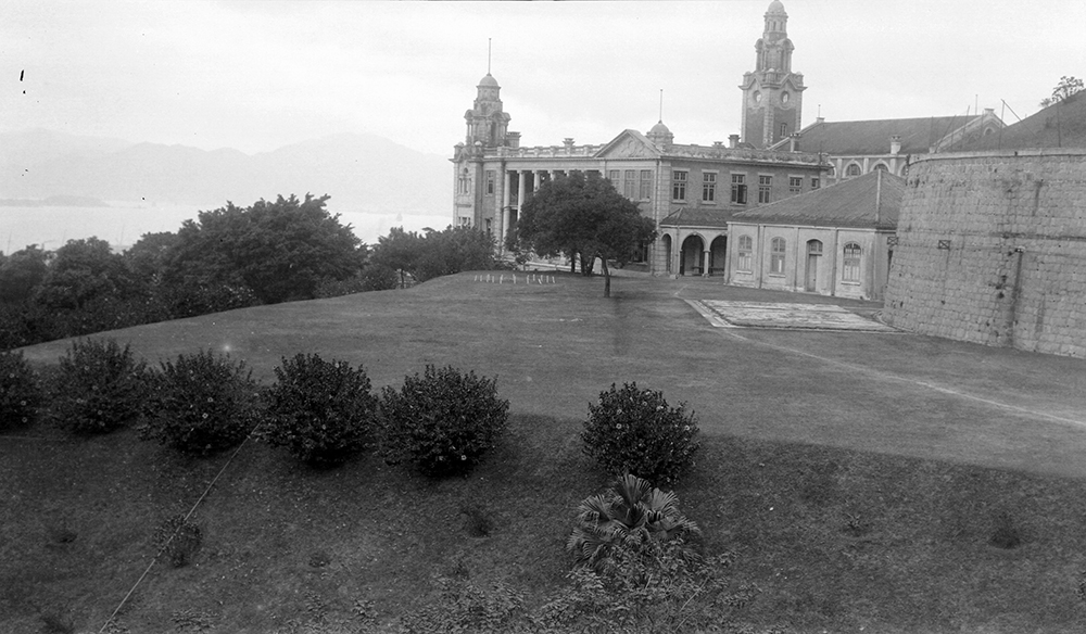 University of Hong Kong, 1919-1920.  Photograph by G. Warren Swire.  HPC ref: Sw18-107.  © 2007 John Swire & Sons Ltd.