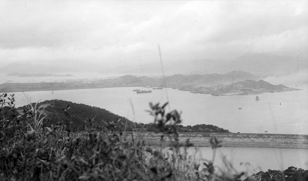 Braemar Reservoir and Kowloon, Hong Kong, 1919-1920.  Photograph by G. Warren Swire.  HPC ref: Sw18-108.  © 2007 John Swire & Sons Ltd.