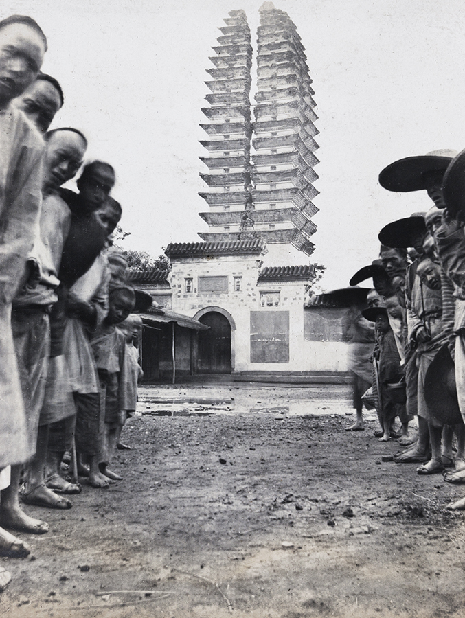 Pagoda, Longxing temple, near Chengdu, Sichuan. Oliver Hulme Collection, OH02-27, © 2012 Charles Poolton