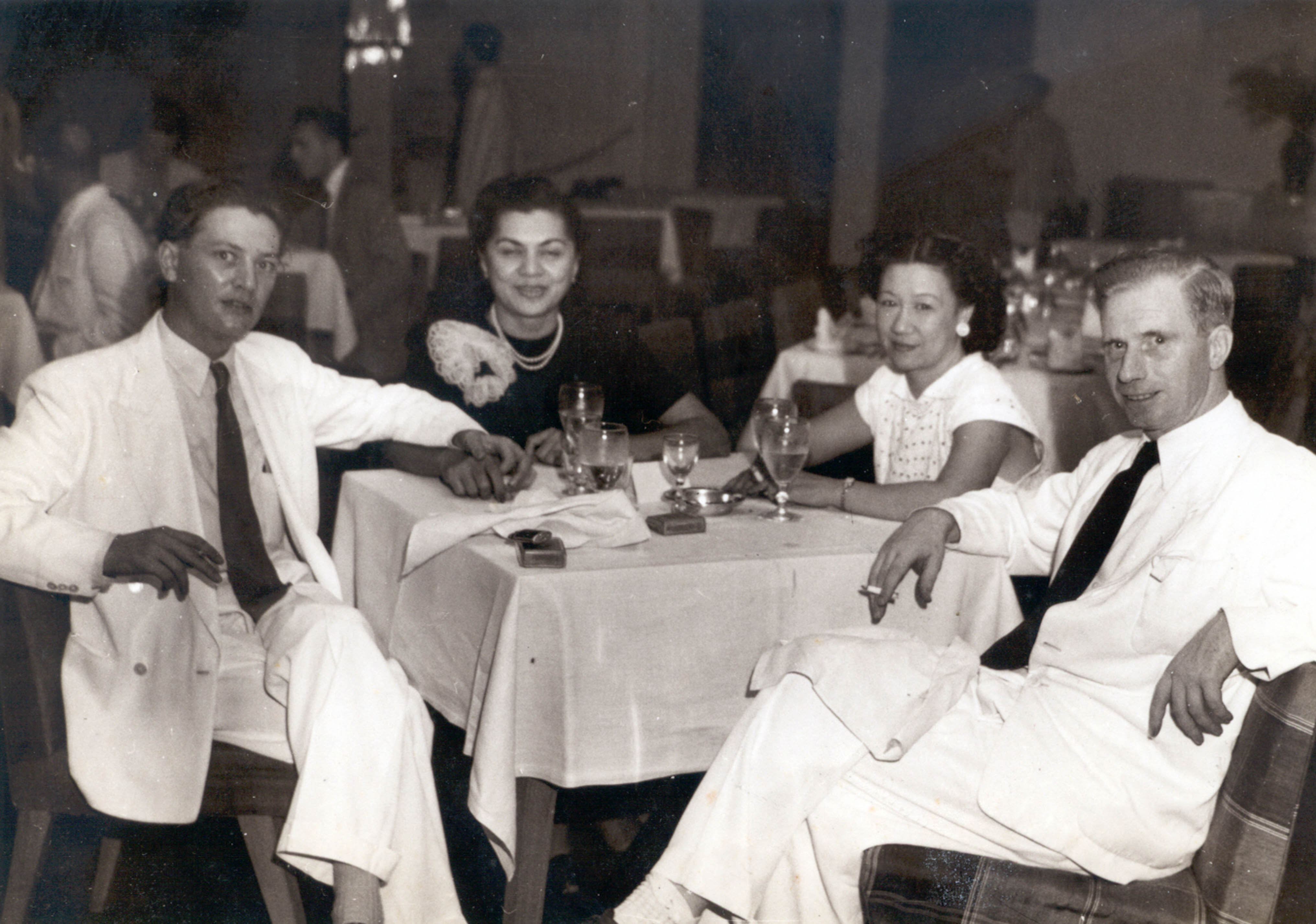 Billie and her friend Edie had dinner with Pembroke Stephens (left) of The Daily Telegraph and O'Dowd Gallagher of The Daily Express.