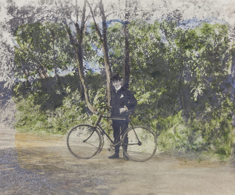 George Woodhead with bicycle on Zekawei Road, Shanghai, September 1903. LD01-029.