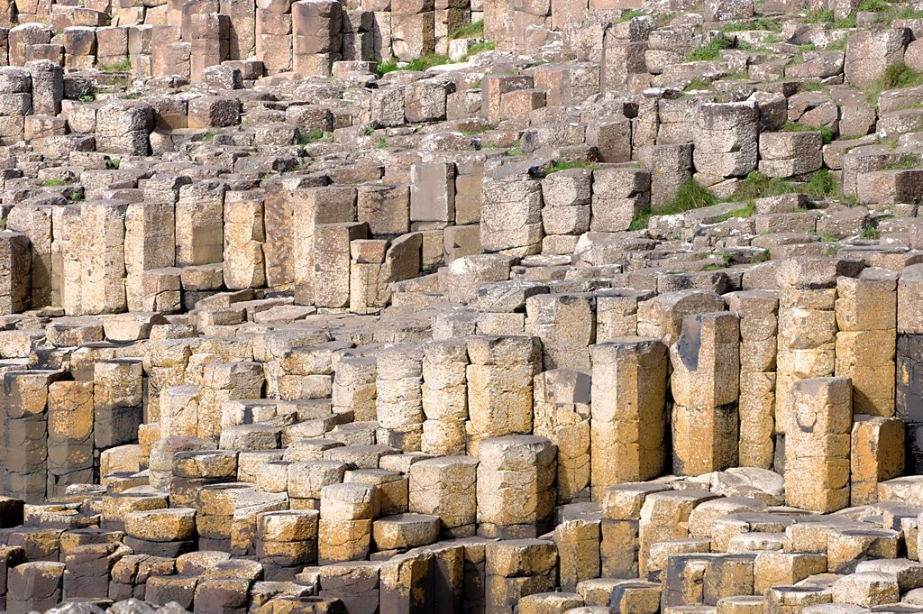 'Giants Causeway' by Frédéric Lepied (Flickr, CC-BY-NC-SA)