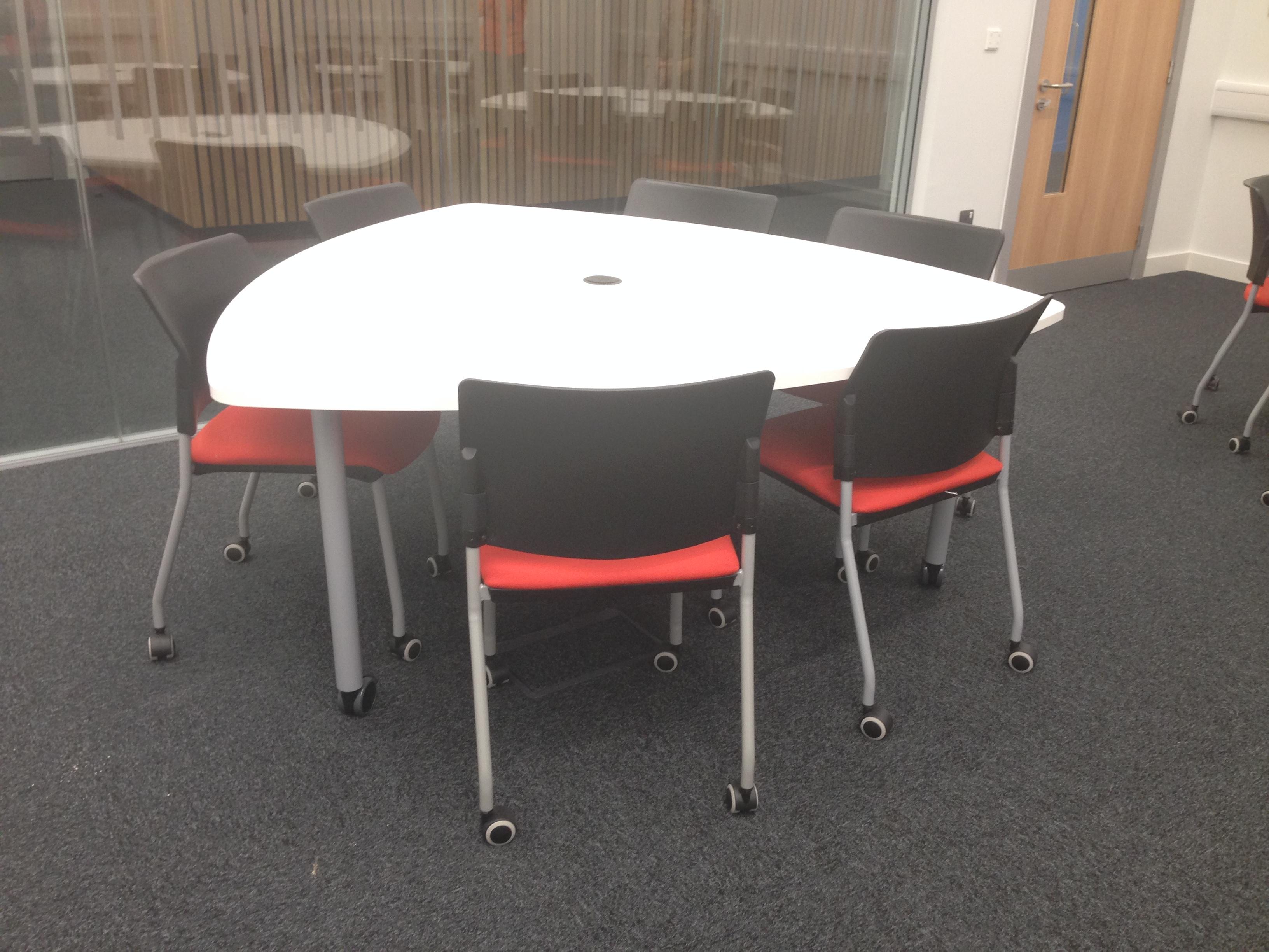 Plectrum Shaped Table ELG12