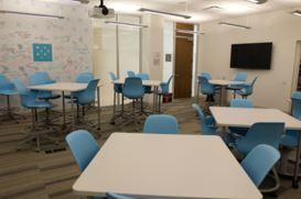 Marketing School Flexible Teaching Space at Loyola University