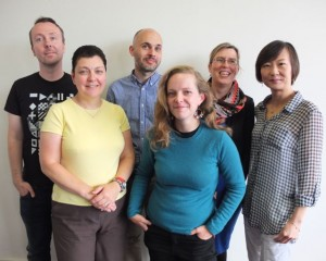 From left to right back row: Thomas Hanley, Educational Technologist; Simon Kemp, Educational Technologist; Olivia Fox, Theme Lead and Senior Educational Technologist and Connie Tse, Educational Technologist.  From left to right front row: Lisa Baker, Educational Technologist and Annora Eyt-Dessus, Senior Educational Technologist.